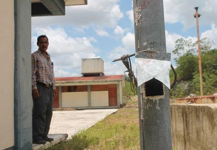 De resguardarse en el lugar las 200 familias de la comunidad, no tendrían los servicios de luz y agua. (Edgardo Rodríguez/SIPSE)