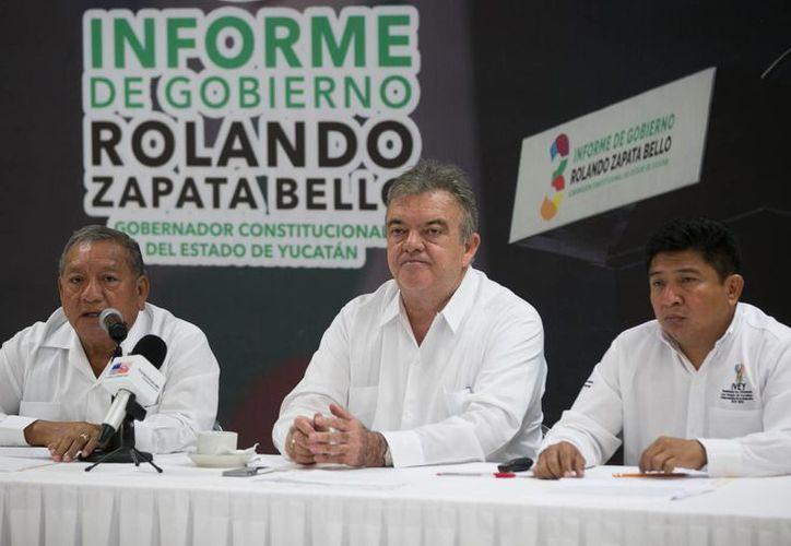 Eric Rubio (c): el proyecto de construcción del distribuidor vial de Progreso es parte del proyecto de reconexión de la costa que impulsa el gobernador Rolando Zapata Bello. (Foto cortesía del Gobierno de Yucatán)
