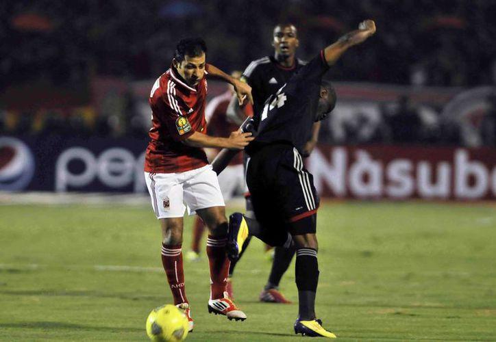 Al Ahly de Egipto se impuso 2-0 a los Piratas de Orlando, Sudáfrica. (Agencias)