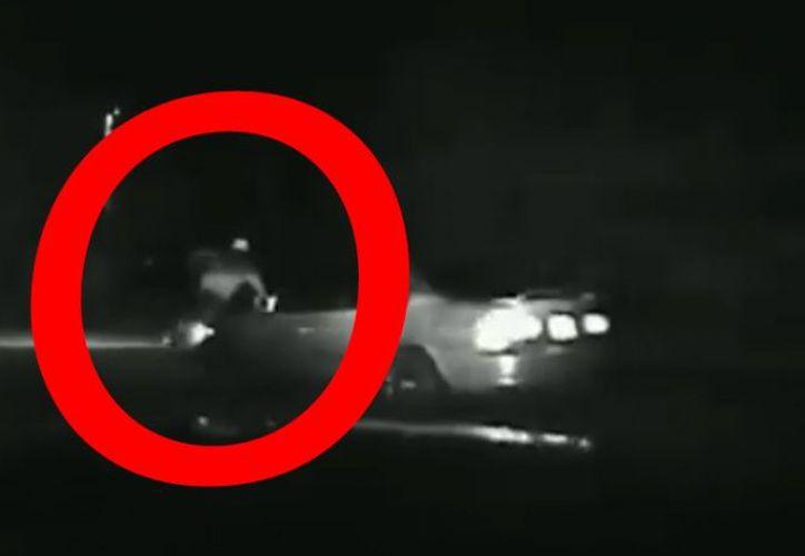 Fue atrapado después de una breve persecución a pie. (Video: Twitter)