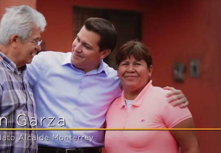 Iván Garza acudió a la Universidad de Harvad a tomar un curso de Liderazgo y Función Pública, mas no es egresado de la destacada institución. (Captura de pantalla/YouTube)