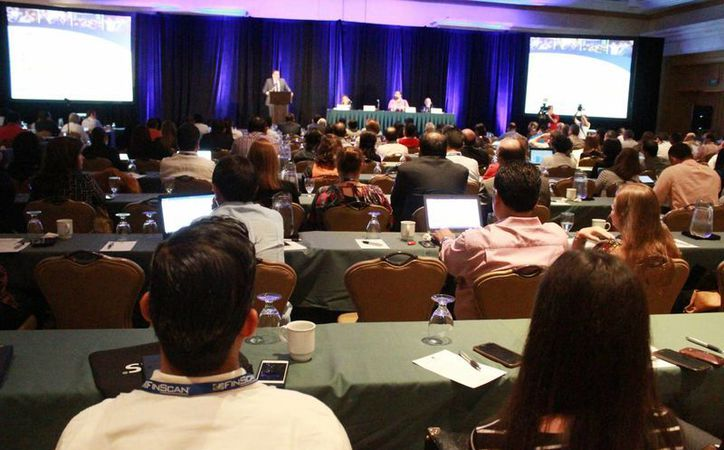 Se realizó ayer una conferencia sobre delitos financieros. (Luis Soto/SIPSE)