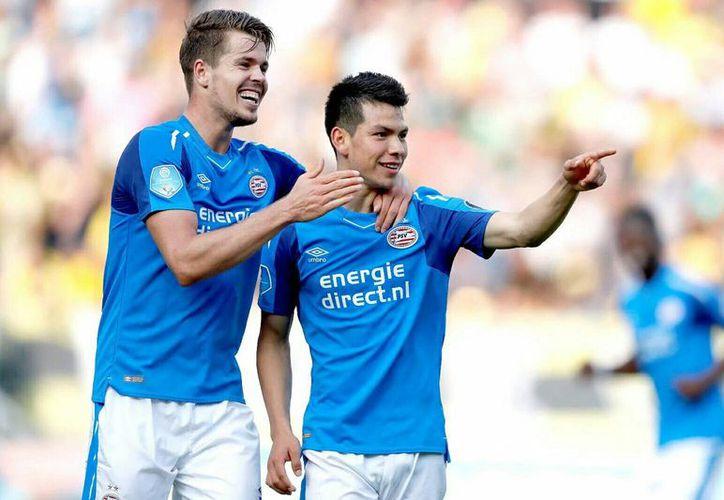El volante mexicano Hirving Lozano brilló en la victoria del PSV 4-1 ante el NAC.  (Twitter/@GusMenFox).
