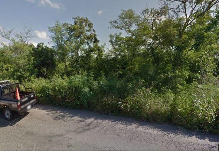 El cuerpo fue hallado la tarde de este sábado en la carretera que une Kanasín con Acanceh. (Google Maps)