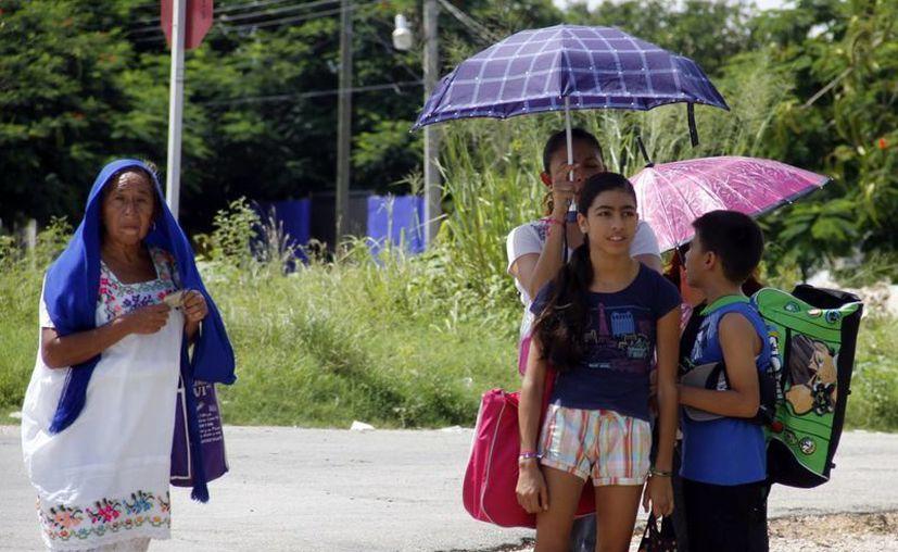 En buena parte del día prevaleció el cielo despejado en Mérida. (Juan Albornoz/SIPSE)