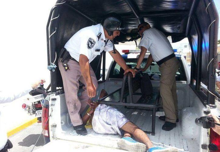 El sospechoso fue trasladado al Ministerio Público. (Redacción/SIPSE)