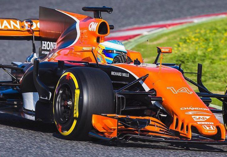 Fernando Alonso, F1, durante la carrera McL32 en Montmeló (Foto: elmundo.es)