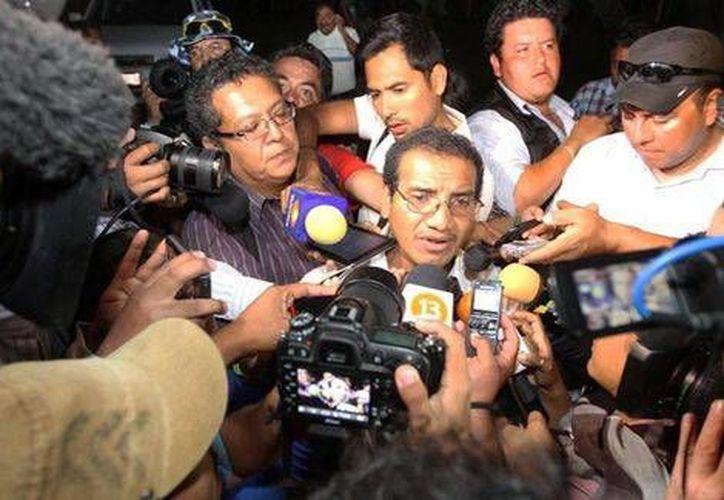 Vidulfo Rosales, abogado de los normalistas, dijo que las protestas en Guerrero continuarán pero serán pacíficas. (Milenio)