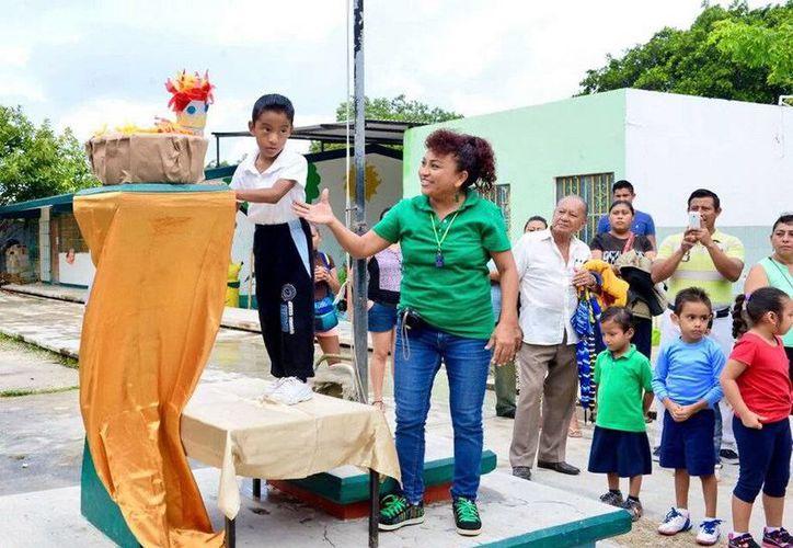 Los pequeños del preescolar participaron en la Mini Olimpiada 2015 en Cancún. (Redacción/SIPSE)