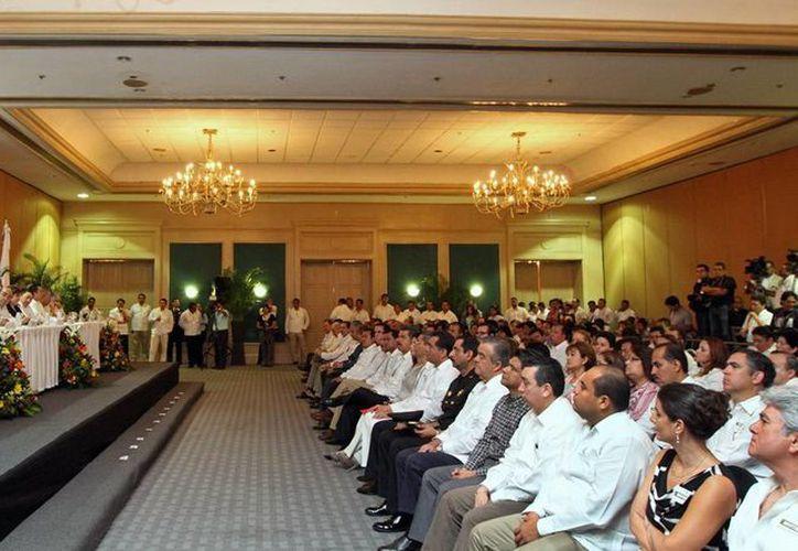 El Gobernador enlistó 4 razones por las que Yucatán ha conservado la seguridad: capacitación, equipamiento, infraestructura y participación ciudadana. (Cortesía)