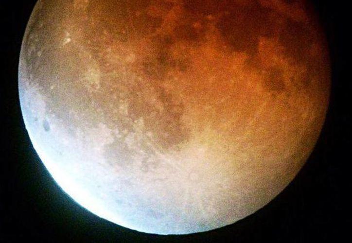 La composición de la Luna es un 50 por ciento de material terrestre, aseguran científicos. (moon.nasa.gov)