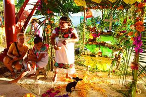 Cancún se prepara para Día de Muertos y Halloween