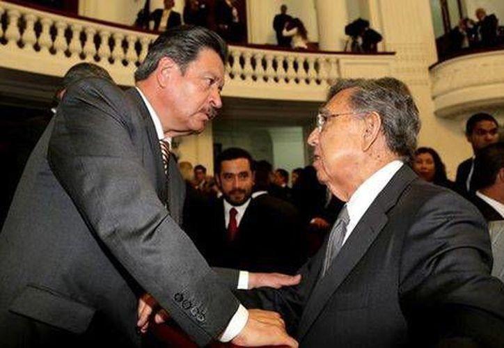 Carlos Navarrete y Cuauhtémoc Cárdenas sostendrán el diálogo público el próximo martes. (Milenio)