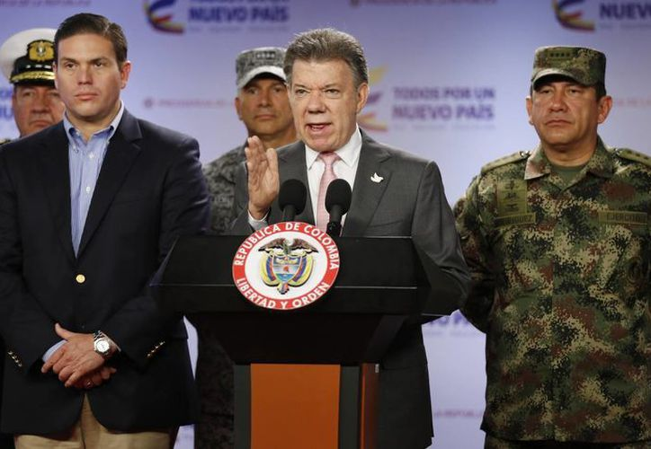 El presidente de Colombia, Juan Manuel Santos, anuncia que al menos 26 rebeldes de izquierda fueron muertos en un ataque ocurrido al oeste de Colombia. (Agencias)