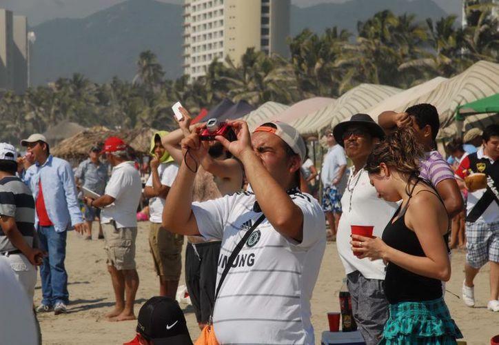 El sector rompió una marca histórica el año pasado con 190 millones de turistas nacionales y extranjeros. (Archivo/Notimex)