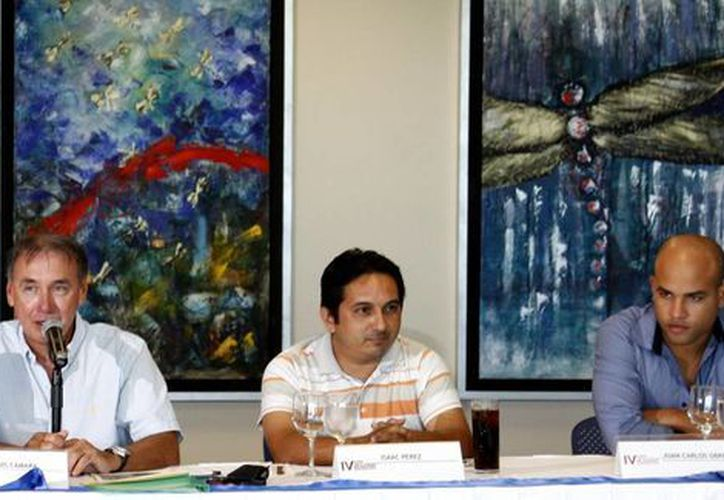 En conferencia de prensa se dio a conocer que esperan superar la asistencia de ajedrecistas del año pasado que fue de 150. (Francisco Gálvez/SIPSE)