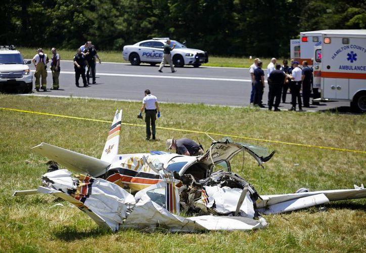 Cuatro personas se estrellaron en una avioneta en Tennessee. Dos murieron y dos están muy mal heridas. (AP)