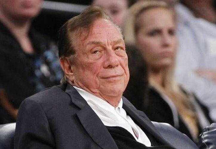 Donald Sterling (foto) venderá los Clippers al exdirector ejecutivo de Microsoft, Steve Ballme. (La Afición/Milenio)