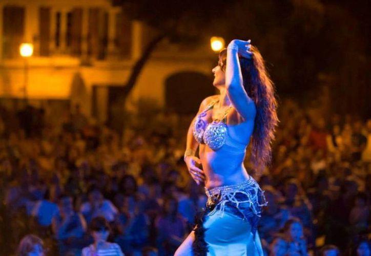 La danza que vemos en un escenario tiene como objetivo deslumbrar a los asistentes. (Contexto/Internet)