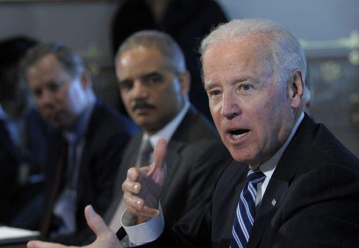Biden también se reunirá el jueves con la Asociación Nacional de Portadores de Armas. (Agencias)