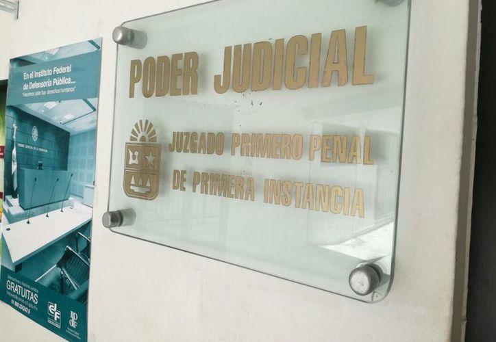 El demandado es secretario en funciones de Juez Primero Penal. (Eric Galindo/SIPSE)