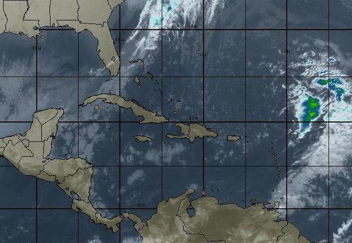 El Servicio Meteorológico Nacional prevé que en la península se presente cielo medio nublado. (Intellicast)