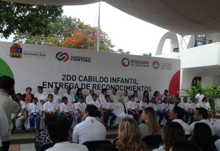 Se realizó el Segundo Cabildo Infantil y la entrega de reconocimientos. (Teresa Pérez/SIPSE)