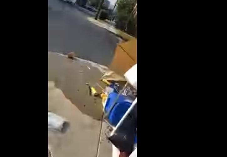 Otro caso de racismo y violencia en contra de mexicanos, lo protagonizó un individuo de nacionalidad argentina. (Captura YouTube).