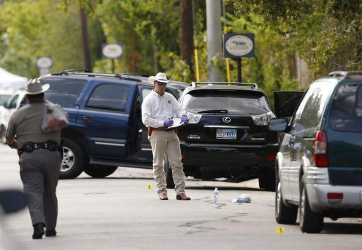 Autoridades del Condado de Brewster resguardaron la zona donde ocurrió el tiroteo. (Archivo/EFE)