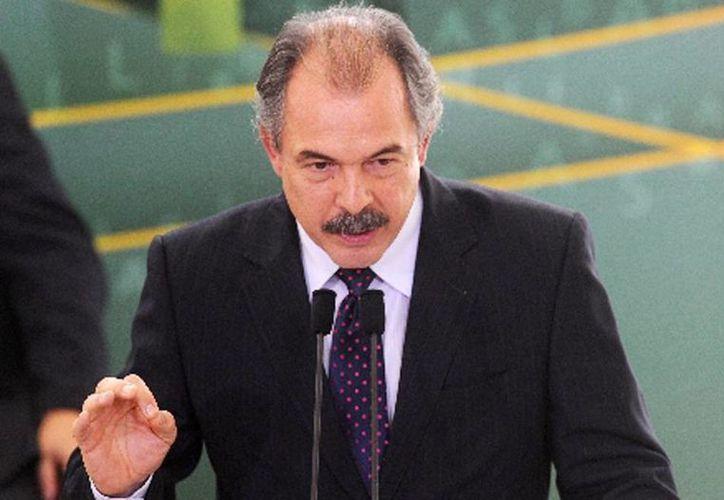 El excoordinador de la campaña que llevó a la reelección a Rousseff en 2014, el ministro Aloízio Mercadante, del Partido de los Trabajadores (PT), es considerado uno de los funcionarios más leales a la mandataria. (RT)