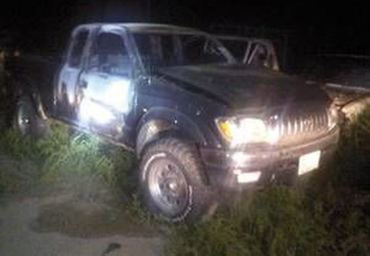 El vehículo del médico fue abandonado y le prendieron fuego. (El Sudcaliforniano)