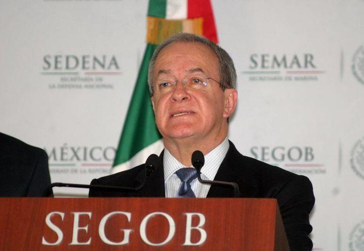 Adelantan senadores que citarán a Rubido García a una comparecencia, pese a la controversia que cuestiona las facultades del Congreso para ratificarlo en el cargo. (Notimex)
