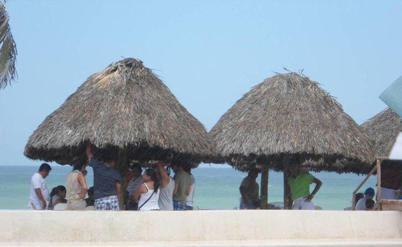 Progreso vivió una buena jornada dominical en el malecón. (Manuel Pool/SIPSE)