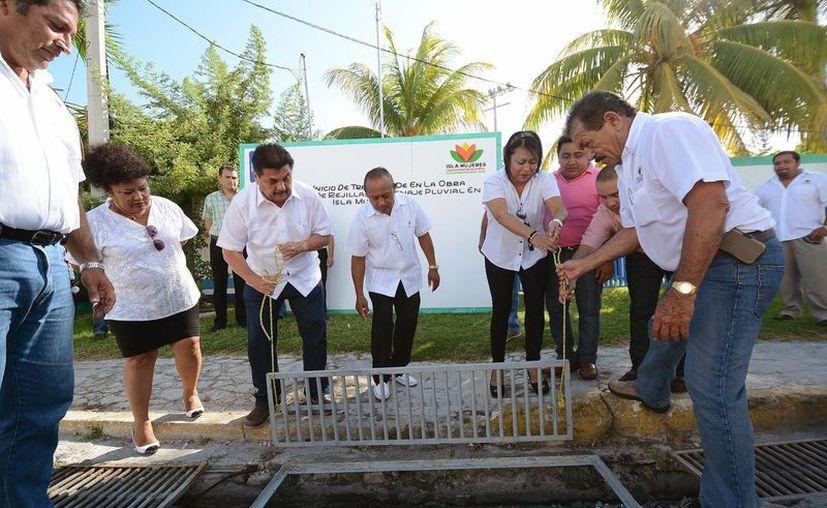 Para renovar el alcantarillado se realizó una inversión de 613 mil pesos. (Redacción/SIPSE)