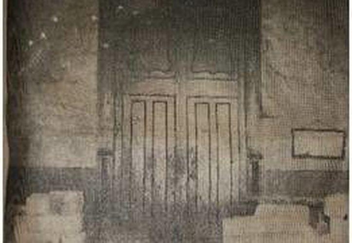 El acceso principal del edificio del Ayuntamiento de Mérida ha sufrido diversas adecuaciones desde hace muchas décadas. (Milenio Novedades)