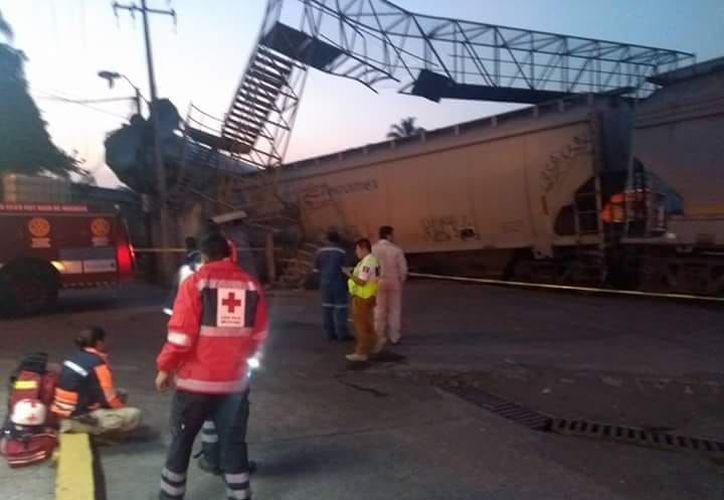 El incidente provocó una intensa movilización en la estación de trenes. (Twitter)
