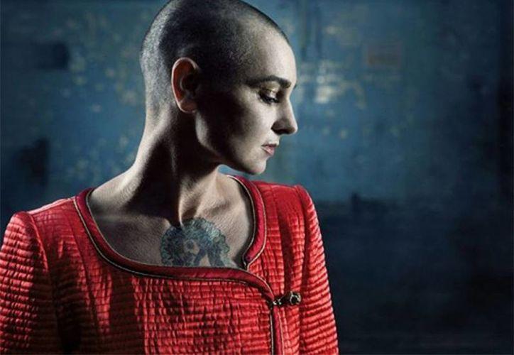 Sinéad O'Connor fue diagnosticada con un transtorno bipolar y dejó temporalmente su carrera musical. Regresó en agosto con su nuevo disco  I'm not Bossy, I'm the Boss. (Excelsior)