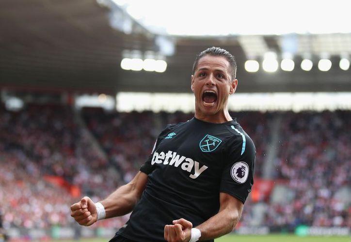 Los pocos minutos de juego con el West Ham United hacen atractivo el regreso de Javier Hernández a la liga española. (Twitter)