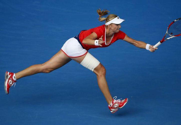Ekaterina Makarova eliminó a Simona Halep en el Abierto de Australia y calificó a su segunda semifinal consecutiva en un torneo de Grand Slam. (Foto: AP)