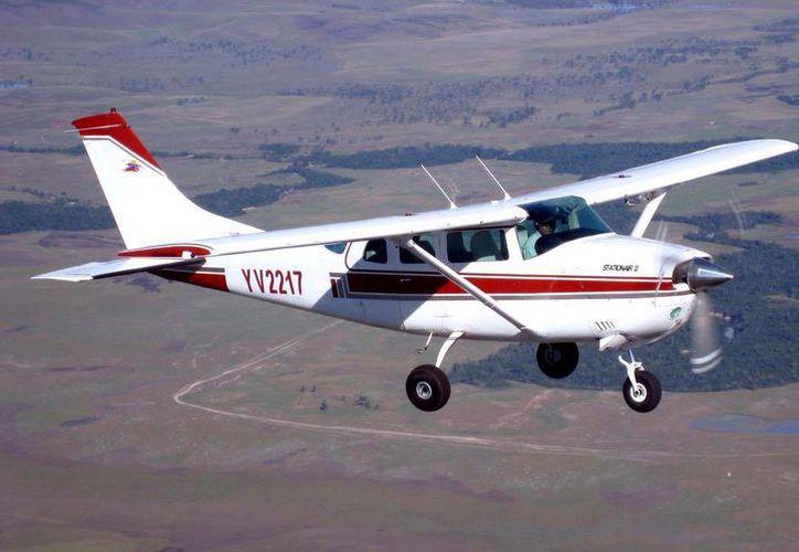 La cadena local Fox-17 informó que el avión era un monomotor. (Foto de contexto/rescate.com)