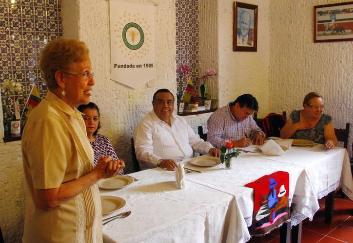 Imagen del encuentro con la comunidad ecuatoriana durante el evento final de la Filey. (Juan Albornoz/SIPSE)