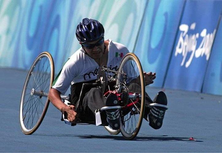Edgar Navarro conquistó su segundo metal en Río 2016, ya que antes ganó el bronce en la modalidad de los 100 metros. (Foto tomada de Conade)