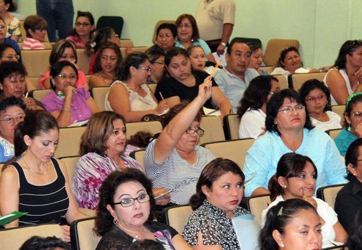 Plazas a 108 profesores de secundaria. (Milenio Novedades)