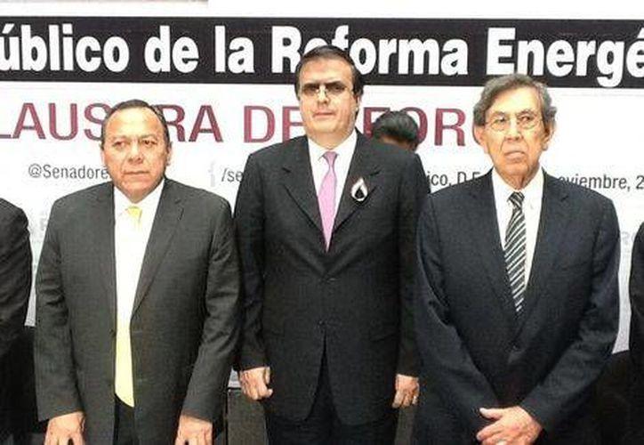 Ebrard aseguró que continuará en la lucha por la dirigencia del partido del sol azteca. (@PRDmexico)