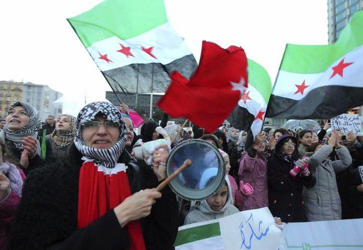 Decenas de miles de personas, entre civiles, rebeldes y fuerzas de seguridad han muerto durante la Guerra Civil en Siria. (EFE)