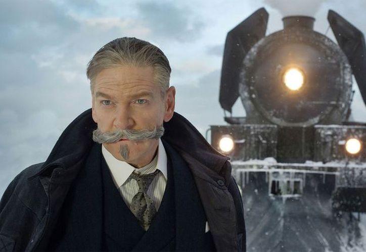 Como director Kenneth Branagh trata de captar la atención del público con encuadres. (Contexto/Internet)