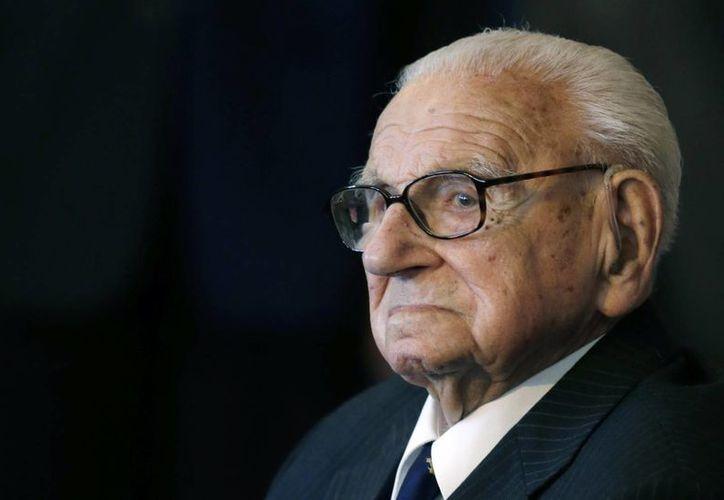 Nicholas Winton era apodado el 'Shindler inglés' en recuerdo a un hombre alemán que también rescató a cientos de personas del holocausto judío. (AP)