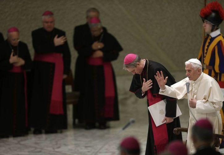 El Pontífice se mostró sonriente con la visita. (Agencias)