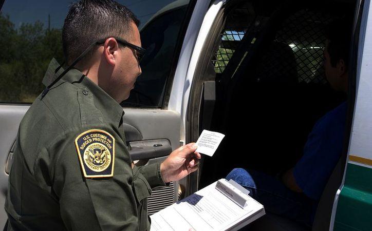 Zulema Aracely Lindoro fue detenida el lunes en un retén de la Patrulla Fronteriza en San Clemente. (uniradionoticias.com)