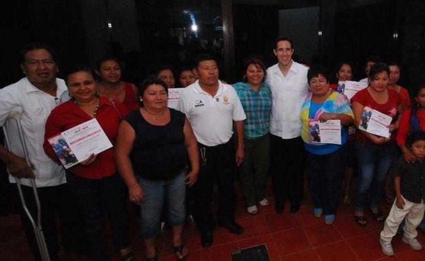 """La ceremonia se efectuó en el Salón """"Municipios de Quintana Roo"""". (Cortesía/SIPSE)"""